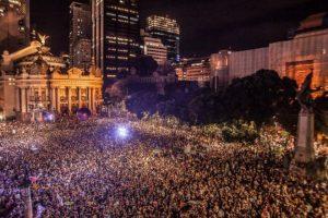 Manifestação nas ruas de janeiro por causa da morte de Marielle Franco