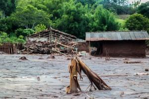 O distrito de Paracatu de Baixo, em Mariana, foi um dos mais atingidos pelo rompimento da barragem de rejeitos da Samarco (Vale/BHP).