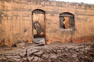 O distrito de Bento Rodrigues, em Mariana, foi arrasado pela enxurrada de lama de rejeitos.
